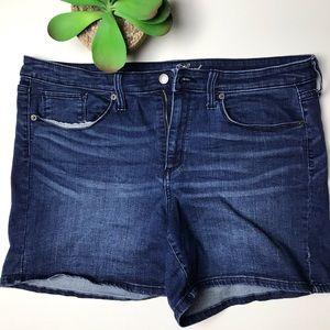 "Universal Thread Jean Shorts 16 * 5"" Inseam"